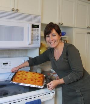 Loreli with Cake